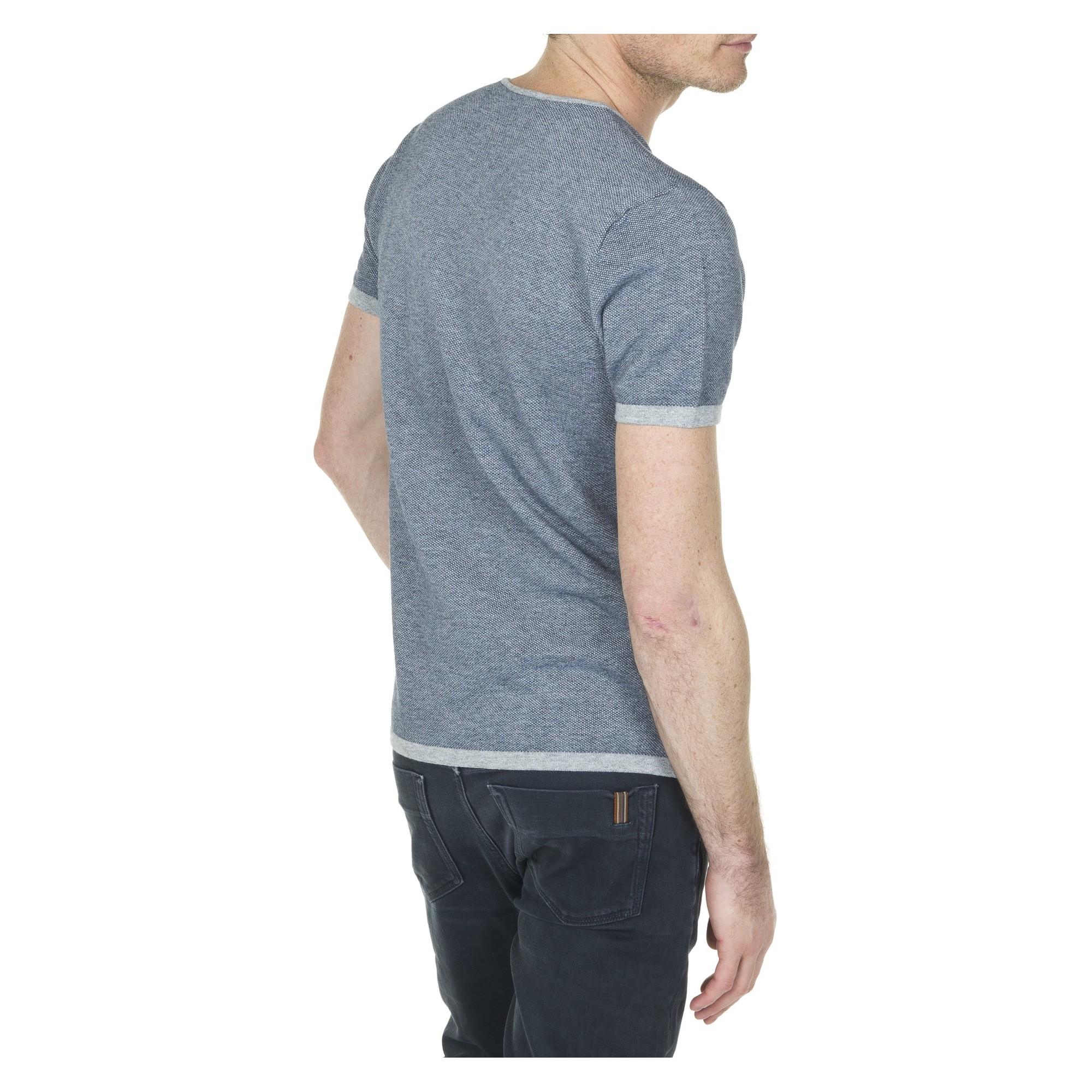 tee shirt col v pour homme en coton. Black Bedroom Furniture Sets. Home Design Ideas
