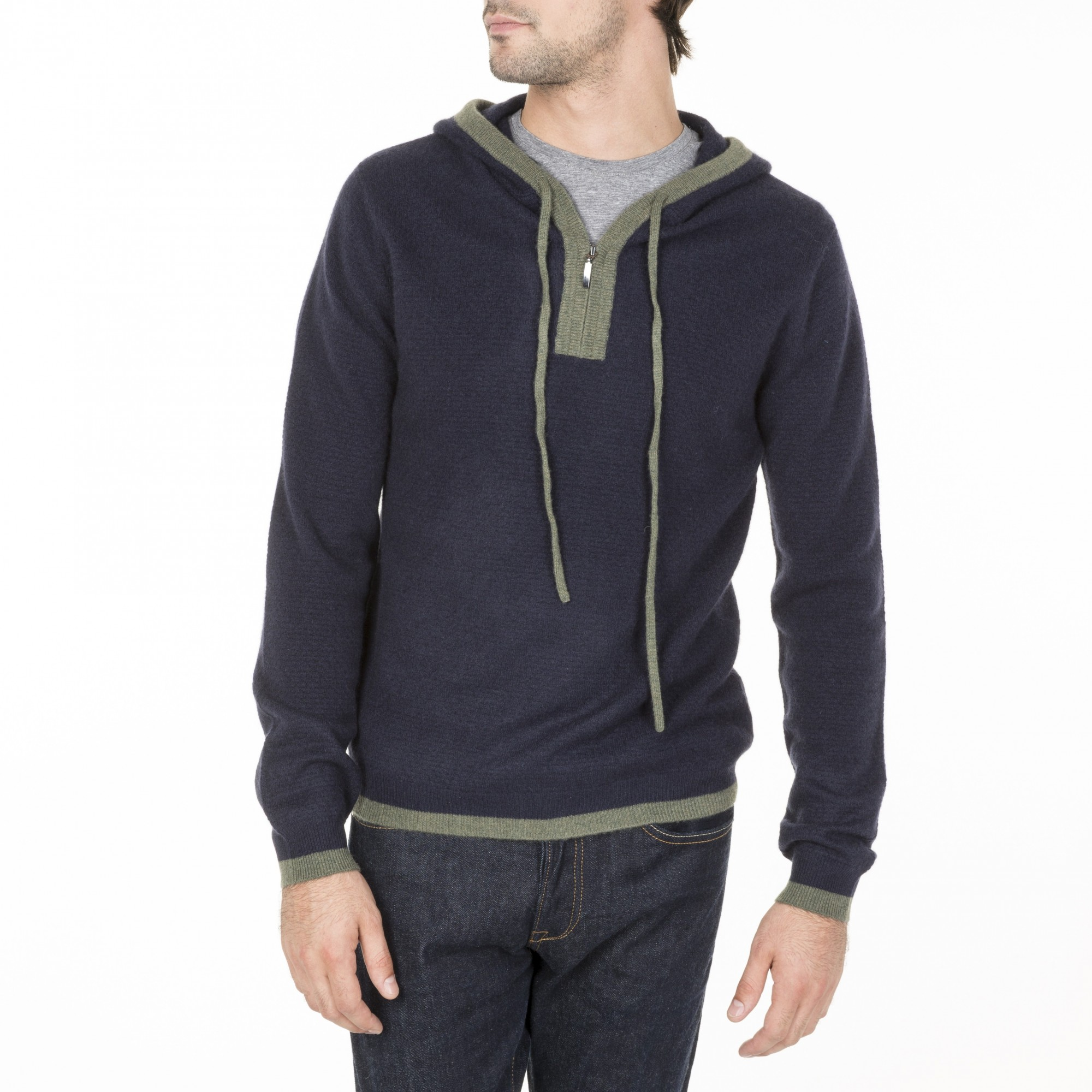 pull a capuche en cachemire bicolore pour homme. Black Bedroom Furniture Sets. Home Design Ideas