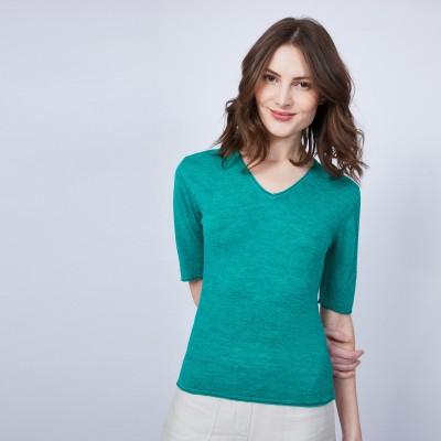 Plain V-neck T-shirt - MAE