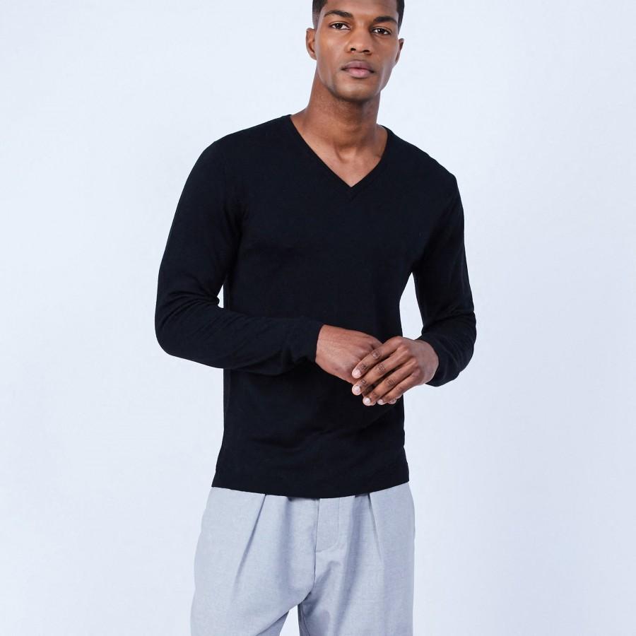 Pull col V en laine mérinos - Lorenzo 6410 noir - 01 Noir