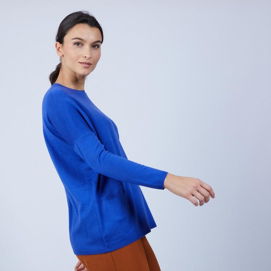 Pull ample à poches en laine mérinos - Beatrice 6644 iris - 48 Bleu roi