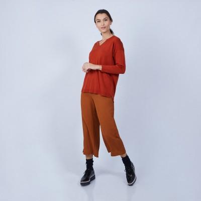 V-neck slitted jumper in merino wool - Bernice