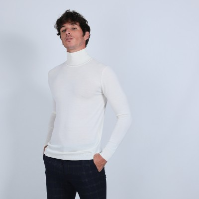 Roll-neck jumper in merino wool - Berry