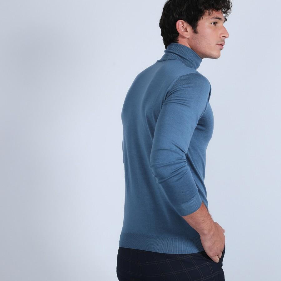 Roll-neck jumper in merino wool - Berry