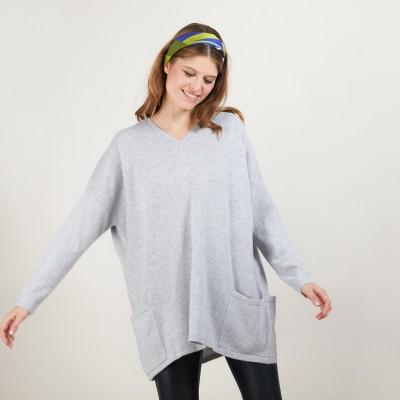 Oversize V-neck sweater buttoned back - Binta