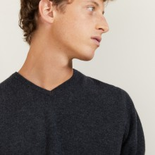 V-neck cashmere sweater - Benjamin