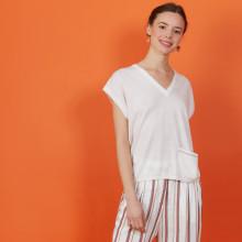 Cashmere Linen V-neck T-shirt - Meg