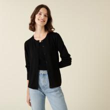 Cardigan boutonné col rond à poches en laine mérinos - Amalia 7410 noir - 01 Noir