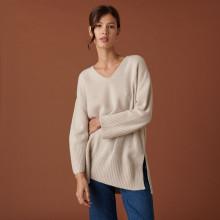 Pull ample à fentes en cachemire et laine recyclés - Darius 7403 ecru - 82 Ecru
