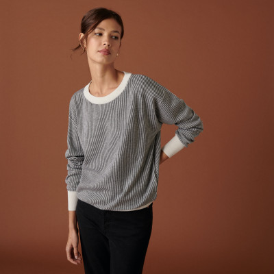 Loose-fit round-neck sweater with pockets in merino wool - Chiara
