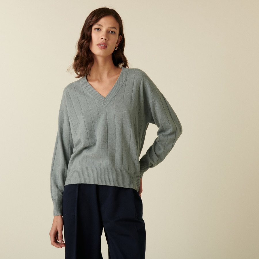Cashmere V-neck knitted sweater - Canelle