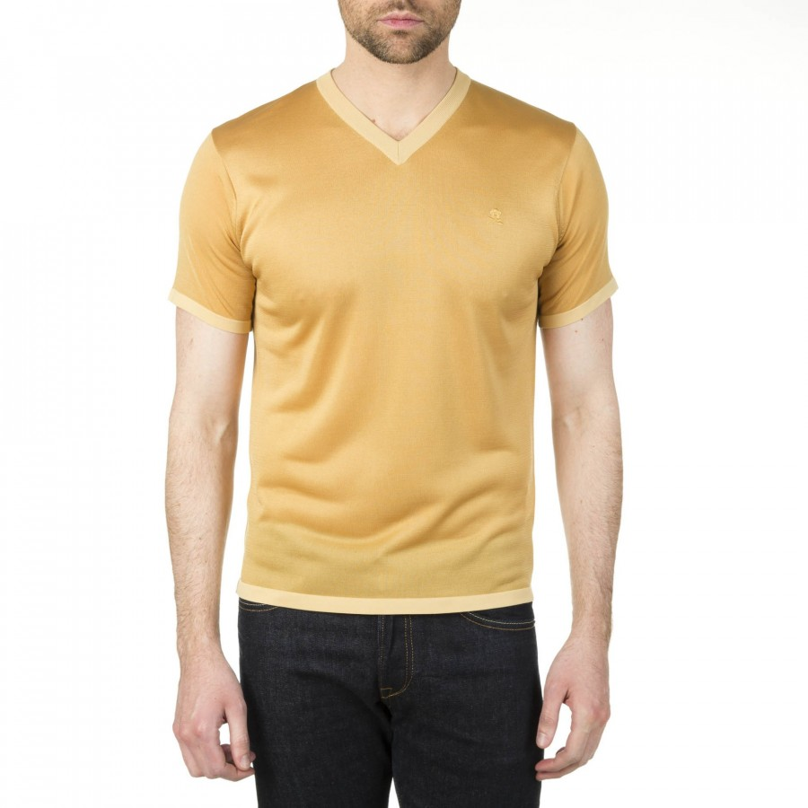 Man V collar t-shirt made of Fil Lumière Igor