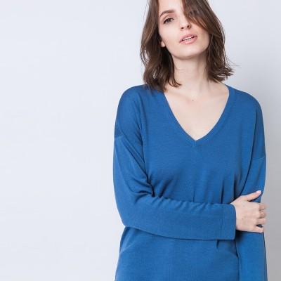 V-neck sweater in merino wool - Anastasia