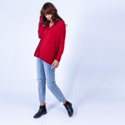 V-neck, buttoned, woollen jumper - Gaëlle