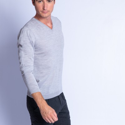 V collar sweater in merino wool - Fox